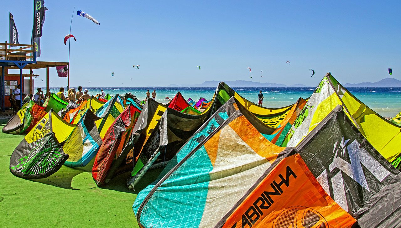 thebeach-kitesurfing-kite-air-riders-kitepro-center-kremasti-rhodes-gear