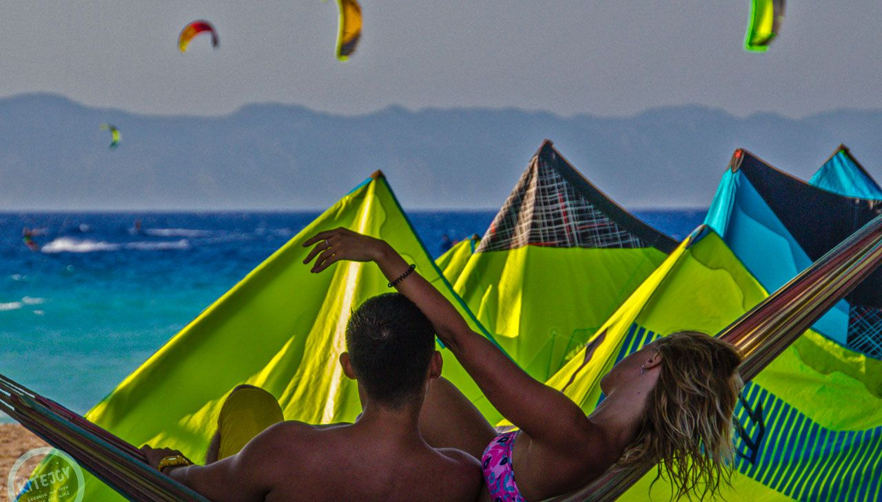 conditions-wind-kitesurfing-kite-air-riders-kitepro-center-kremasti-rhodes-beach
